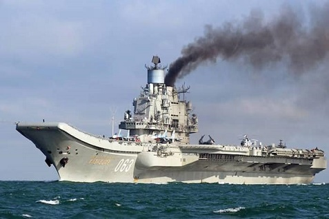 epa05596279 A handout photograph made available by Dover Marina.com on 21 October 2016 showing Russian aircraft carrier Admiral Kuznetsov in the English Channel, 21 October 2016. The Russian Task Group, which includes the sole Russian aircraft carrier, Admiral Kuznetsov, the nuclear powered Kirov Class Battlecruiser, Pyotr Velikiy and two Udaloy Class Destroyers, Vice Admiral Kulakov and Severomorsk sailed from Russia on Saturday 15 October to join the Russian anti-Daesh military operations in Syria.  EPA/DOVER MARINA.COM / HANDOUT MANDTAORY CREDIT: DOVER MARINA.COM HANDOUT EDITORIAL USE ONLY/NO SALES